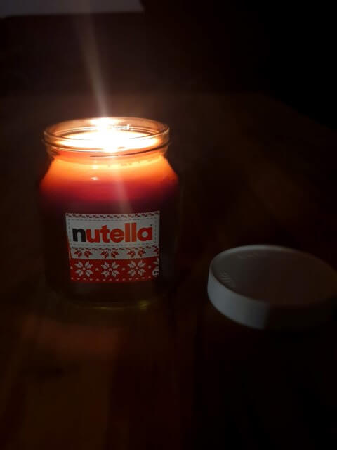 Nutella Kerze brennend